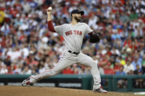 Clutch pinch-hit homer from Brock Holt gives Boston Red Sox 2-1 win vs. Phillies in opener