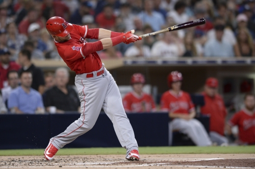 Taylor Ward collects 2 hits in his big league debut, helping Angels beat Padres