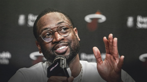 Dwyane Wade calls out 'fake news' of signing with Heat
