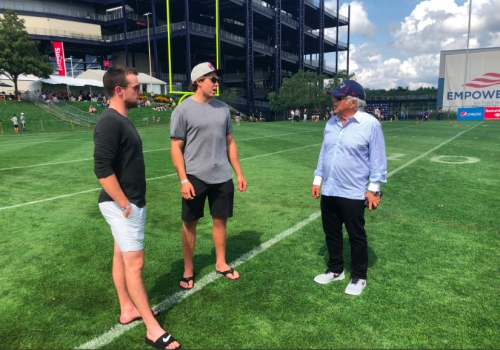 Charlie McAvoy, Boston Bruins make appearance at Patriots training camp, meet Robert Kraft & Rob Gronkowski (video)