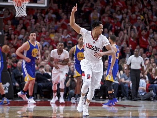 Blazers guard CJ McCollum says he'll never join the Warriors