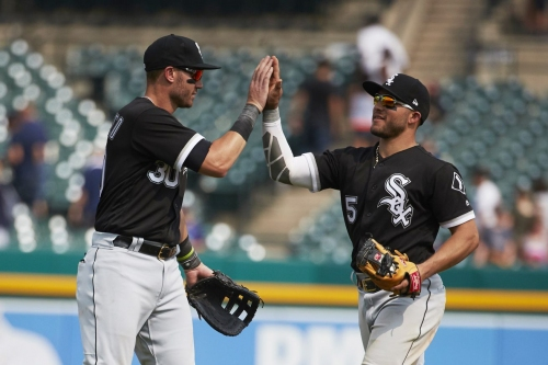 White Sox beat Tigers 6-5; Rodon dazzles once again
