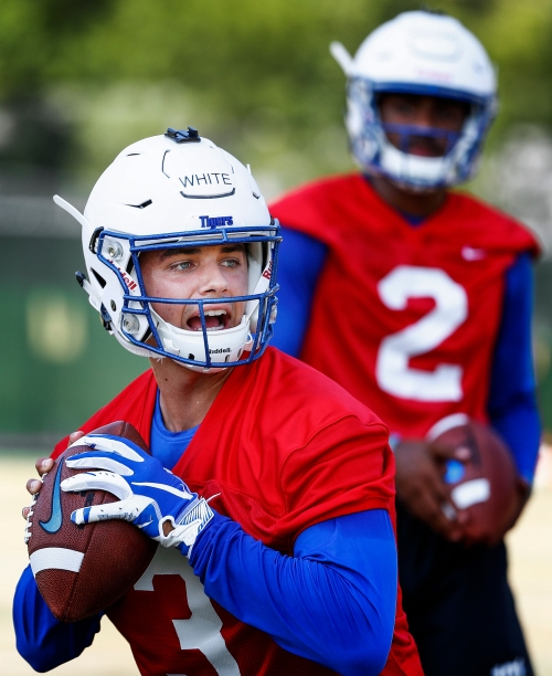 Memphis football observations: 3 freshmen who are making an impact