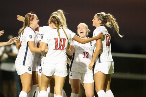 """Arizona soccer notebook: On cracking the Top 25, a """"dishonorable mention"""" and more"""
