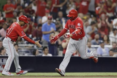 Fresh off the DL, Rene Rivera hits go-ahead homer in Angels' victory