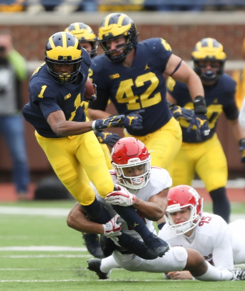 Michigan football's Ambry Thomas inches closer to top cornerback tier