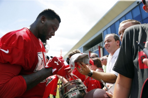 Bucs already seeing why Jason Pierre-Paul is special