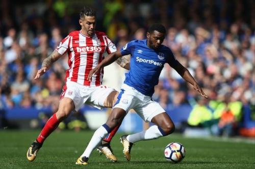 Stoke City boss sees Everton man as full back cover