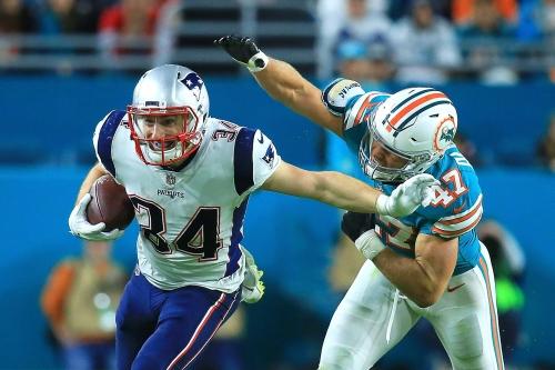 Rex Burkhead injury: New England Patriots RB has slight tear in knee, won't require surgery (report)