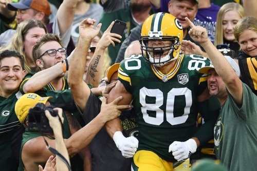 Packers QB Aaron Rodgers enjoyed connecting on first TD with Jimmy Graham