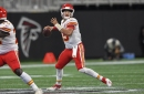 Twitter reacts to Patrick Mahomes' ridiculous touchdown pass