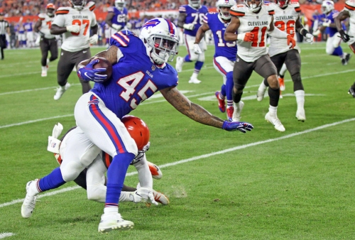 Buffalo Bills RB Marcus Murphy makes noise against Cleveland Browns (video)