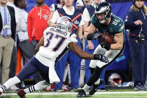 Jordan Richards does something useful, shows absurdity of new NFL helmet rule