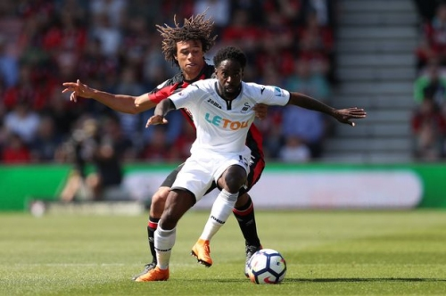 Swansea City winger Nathan Dyer looks close to joining Reading but Paul Clement appears to rule out Jay Fulton