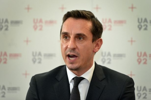 Gary Neville explains why he won't wear Liverpool FC shirt - despite losing bet to Jamie Carragher
