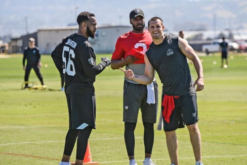 Long time Chiefs LB Derrick Johnson amazed at Raider Nation turnout in Los Angeles