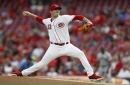 Harvey no-hit try into 6th, Reds beat Bumgarner, Giants 7-1