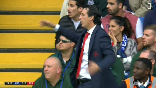 Unai Emery turns away in disgust as Aubameyang misses SITTER…55 seconds before Alvaro Morata doubles Chelsea's lead
