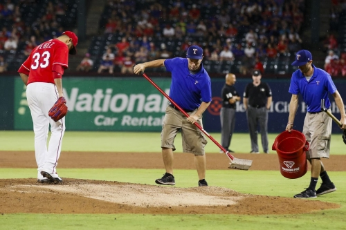 55-70 -The Butler doesn't do it, Rangers eventually lose 11-7 in six-hour slog