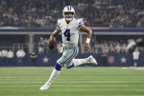 """Cowboys News: Dak Prescott efficient vs Bengals; Dr. Jerry Jones says Zack Martin injury """"not problematic""""; more"""