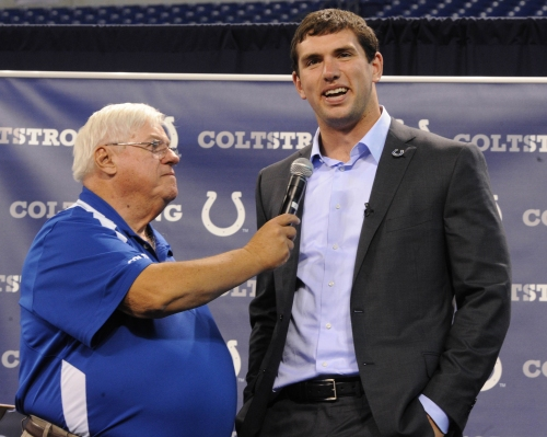 Indianapolis reacts to the retirement of Colts play-by-play announcer Bob Lamey