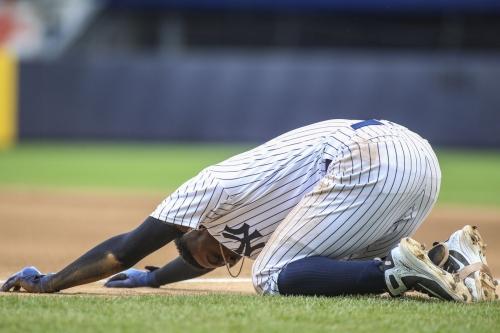 Yankees injuries: Didi Gregorius leaves game after collision with Kendrys Morales