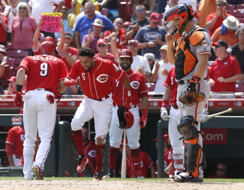 Billy Hamilton hits 2 triples, Cincinnati Reds pound San Francisco Giants to complete sweep