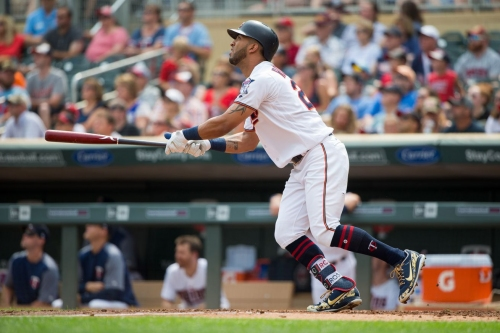 Twins 5, Tigers 4: Rosario blast propels Twins to series win