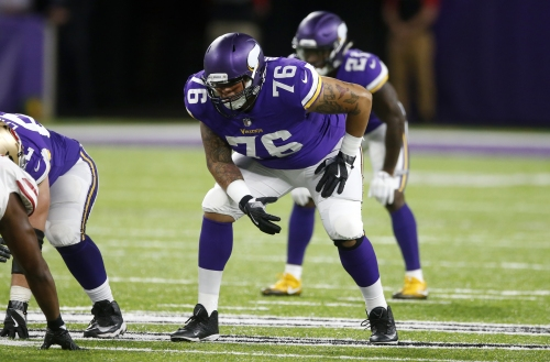 With injuries piling up, Aviante Collins proving to be utility man Vikings need