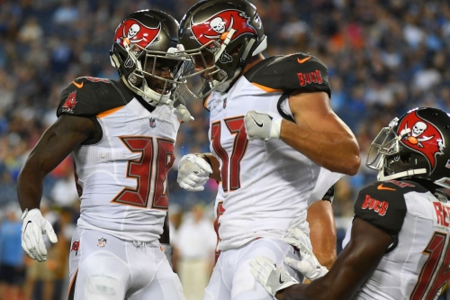 Bucs rookie WR Justin Watson continues to make strides