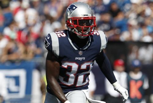 New England Patriots defenders still adjusting to NFL's new helmet rule