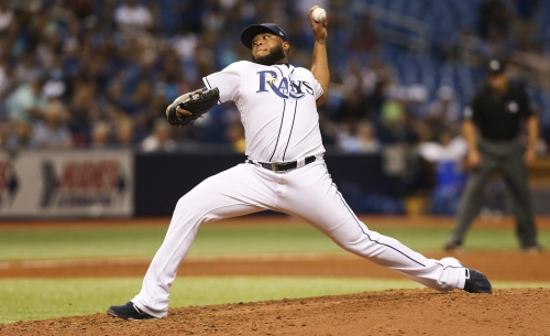 Rays defeat Royals thanks to pitching and replay