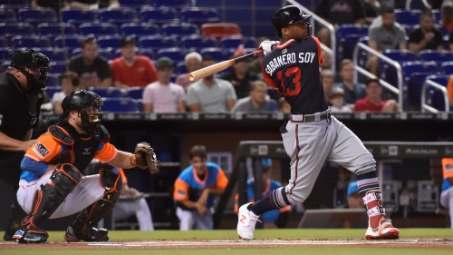 Braves two-hit Marlins to salvage series split
