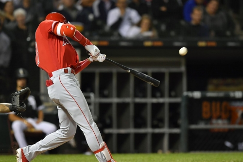 In the 'wake' of the news: Angels 5, White Sox 2