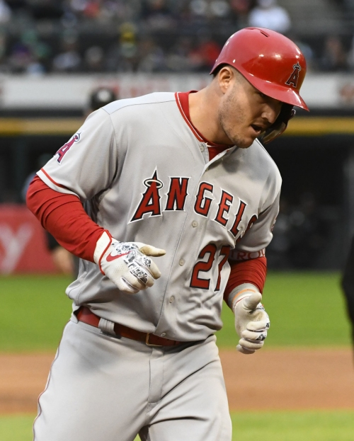 Trout homers twice, leads Angels past White Sox 12-3