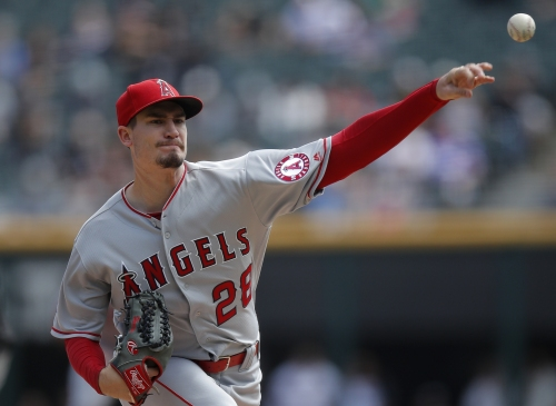 Dominant Andrew Heaney helps Angels finish sweep of Chicago White Sox