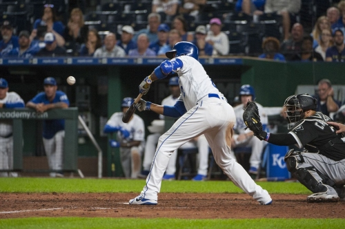 Walk-off whoopsie: Royals 4, White Sox 3 (10)