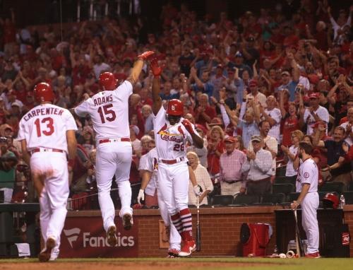 Waino confuses, Adams homers as Cardinals beat Pirates