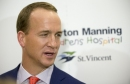 Peyton Manning pops by Colts headquarters for a workout