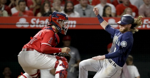 Nelson Cruz smashes his 36th homer of the season as Mariners' bats break out against Angels