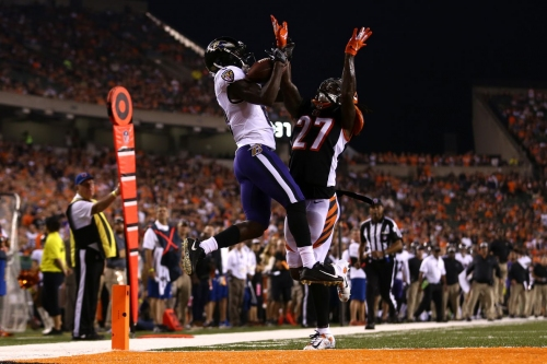 """Retired NFL ref tweets Dre Kirkpatrick's pass interference penalty was """"not a foul"""""""