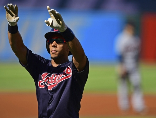 Cinch of a clinch: Indians win third straight division title