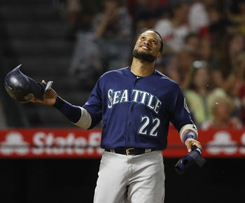 Cano hits 3-run 2B, lifts Mariners over Angels 6-5
