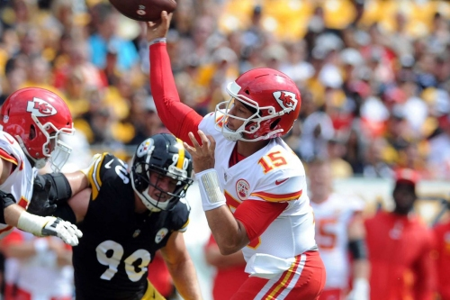 Patrick Mahomes shreds Steelers' defense for 42-37 victory