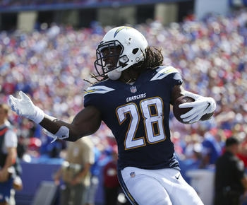 Melvin Gordon scores 3 TDs in Chargers' 31-20 win over Bills