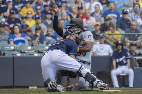 Brewers' 7-series win streak snapped by Pirates after 9th inning rally comes up short