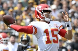Mahomes ties franchise record with 6 TDs; Chiefs edge Steelers in shootout