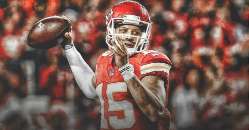 Chiefs QB Patrick Mahomes sets NFL record with 10 TDs in first three games