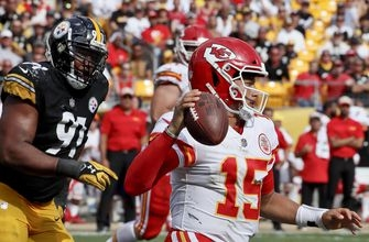 Mahomes spreading the love for unbeaten Chiefs