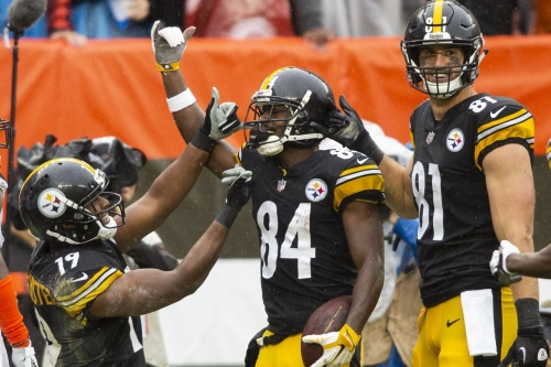 Steelers WR Antonio Brown lashes out on Twitter after criticism
